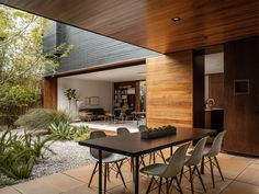 Another view from the same courtyard. Venice House by Sebastian Mariscal. Browse inspirational photos of modern homes. From midcentury modern to prefab housing and renovations, these stylish spaces suit every taste. Venice House, Clad Home, Front Courtyard, Courtyard Pool, Enclosed Patio, Upstairs Bedroom, Los Angeles Homes, Building A New Home, Stone Flooring