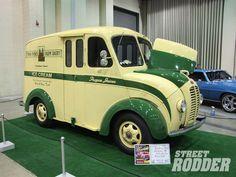 2009 Detroit Autorama 1948 Divco Milk Truck
