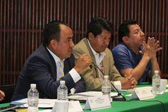 Promueve Sergio López foro sobre derechos indígenas.