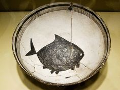 black and white - fish - Ceramic Bowl Fish, Mimbres, c. Pottery Bowls, Ceramic Bowls, Ceramic Pottery, Ceramic Art, Thrown Pottery, Slab Pottery, Antique Pottery, Handmade Pottery, Handmade Ceramic