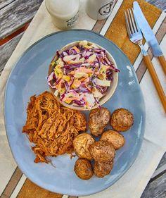 Biryani, Wok, Bagel, Feta, Tapas, Hamburger, Ethnic Recipes, Lasagna, Burgers