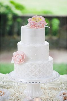 wedding cake idea; Abby Caldwell Photography