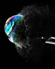 The Fabian Oefner 'Bursting Soap Bubbles' Series is Magical trendhunter.com