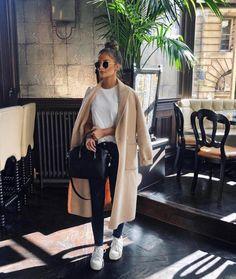 Gorgeous Fashion Trends To Copy Now – Fashion Looks 2019 Gorgeous Fashion Trends To Copy Now – Fashion Looks & Style Gorgeous Fashion Trends To Copy Now – Fashion Looks. Mode Outfits, Fashion Outfits, Fashion Trends, Fashion Fashion, Fashion Ideas, Fashion Black, Fashion Women, Vintage Fashion, Fall Winter Outfits