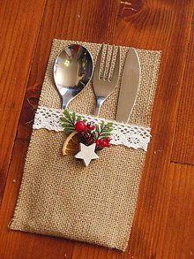 Dekorácie - Vianočné červené prestieranie - obal na príbor - 6137918_