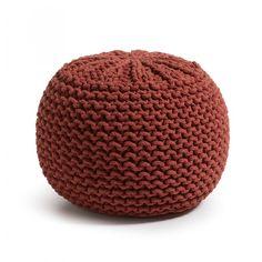 Pouf ovale avec housse tricotée en coton. Non déhoussable. Remplissage de…