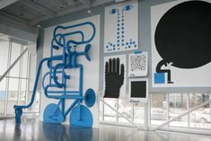 """""""In The Mind"""" installation at the Seattle Art Museum Olympic Sculpture Park Pavilion, by Geoff Mcfetridge Environmental Graphic Design, Environmental Graphics, Toronto Art Gallery, Geoff Mcfetridge, Sculpture Images, Seattle Art Museum, Graffiti Wall, Design Museum, Exhibit Design"""