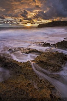Golden Mum by Timmy Smalls on Seaford Beach, Sky Go, Victoria Australia, Dream Vacations, Photo Art, Life Is Good, Places To Go, Ocean