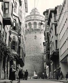 Torre de Gálata, Istambul, Turquia, c. 1960.