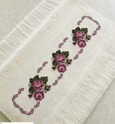 Otomatik alternatif metin yok. Cross Stitching, Cross Stitch Embroidery, Cross Stitch Patterns, Designs For Dresses, Embroidery Fashion, Bargello, Tribal Art, Embroidery Designs, Needlework