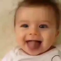 Cute Baby Boy Images, Cute Funny Baby Videos, Funny Baby Faces, Cute Funny Babies, Funny Videos For Kids, Cute Baby Pictures, Cute Baby Animals, Cute Kids, Cute Little Baby