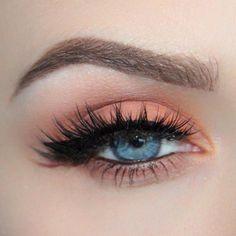 Peach eyes make-up- Pfirsich Augen Make-up Peach Eye Makeup – up - Peach Eye Makeup, Eye Makeup Tips, Makeup Goals, Makeup Inspo, Makeup Inspiration, Hair Makeup, Makeup Ideas, Peachy Eyeshadow, Makeup Lips