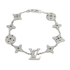 Pre-owned Louis Vuitton 18k White Gold 3.00 Ct Diamond Blossom... ($13,985) ❤ liked on Polyvore featuring jewelry, bracelets, accessories, louis vuitton jewelry, diamond jewellery, louis vuitton bangles, 18 karat gold bangles and white gold bangle