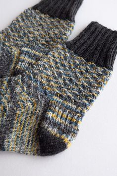 Nora is a sock featuring slipped stitch pattern. Socks are worked cuff-down with heel flap. You can choose the toe from wide-toe or tabi-toe (a separation between the big toe and the others). Stitch Patterns, Knitting Patterns, Big Toe, Types Of Yarn, Finger Weights, Stockinette, Stitch Markers, Socks, Heel