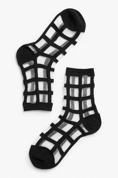 Grid mesh socks