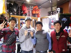 【大阪店】2014.12.13 三重県伊勢市からご来店下さいました^^以前もキャップをお買い上げ下さいました!大島の高校の友人がお客様の共通の友人という運命的な出来事が凄い嬉しかったです!また大阪に来たら寄ってくださいね!