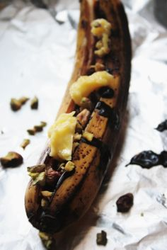 Notions & Notations of a Novice Cook - Great site and lots of neat ideas. This one is baked bananas. :D