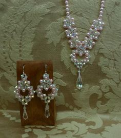 princess earrings by robin smith | This class is only for those people who have