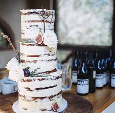 Barely naked cake with figs! Wedding Designs, Wedding Styles, Wedding Ideas, Wedding Decor, Rustic Bohemian Wedding, One Sweet Day, Wedding Cake Inspiration, Daily Inspiration, Evening Dresses For Weddings