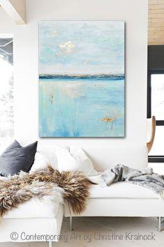 Ruhe Original Kunst Licht blaue abstrakte Malerei in den Farben Aqua, blau, Seegrün Schaum, weiß, grau, Petrol, mit Blattgold Akzente. Strukturierte, große Kunst, Wandkunst, Küsten Wohnkultur. Moderne Spachtel Malerei mit ruhigen, gelassenen Küsten des Meeres mit Akzenten in metallic Gold-Blatt, das Licht reflektiert, eine beeindruckende Wirkung zu schaffen. Mischtechnik Acryl auf 30x40x1.5 Leinwand. Schöner Bio, verwitterten Effekt, -Galerie gewickelt Leinwand. Die Leinwand kann beliebig…