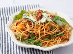 Spaghetti with Sundried Tomatoes and Anchovies: a healthy but filling pasta dish!