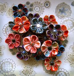 """How to Make Japanese """"Kanzashi"""" Style Flower Brooches - Etsy"""