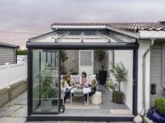 Forvandlet et ubrukt betonghjørne til en stemningsfull utestue Gazebo, Pergola, Winter Garden, Backyard Landscaping, Exterior, Outdoor Structures, Landscape, Outdoor Decor, Inspiration
