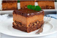 Ciasto z musem czekoladowym i wafelkami - I Love Bake German Desserts, Tiramisu, Food And Drink, Cupcakes, Sweets, Baking, Ethnic Recipes, Yummy Recipes, Food Cakes