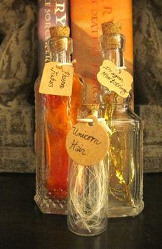 Le Harry Potter Inspired Wand Making Materials In Glass Bottles Unicorn Hair Dragon Heartstring Phoenix Feathers Le Harry Potter Inspired Wand Making By Lemagicalmenagerie On Etsy Baby Harry Potter, Harry Potter Baby Shower, Casas Do Harry Potter, Harry Potter Motto Party, Harry Potter Thema, Classe Harry Potter, Harry Potter Halloween Party, Harry Potter Classroom, Harry Potter Potions