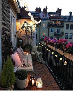 """7,004 Likes, 69 Comments - Interior, Fashion & Garden (@interiorwife) on Instagram: """"Outdoor inspo Nå fikk jeg lyst til å flytte til leilighet med balkong ✨✨ Nydelig stemning hos…"""""""