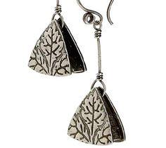 ART Magazine- Metal Clay Earrings PendulumTriangles1 - tutorial
