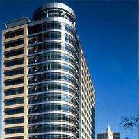 Chicago, IL Hotels with Airport Shuttle
