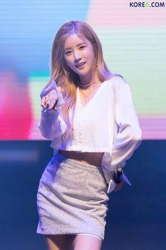 Chorong Panda Eyes, Pink Panda, Chubby Cheeks, Korean Artist, Stage Outfits, Asian Beauty, Natural Beauty, Girl Crushes, Korean Girl