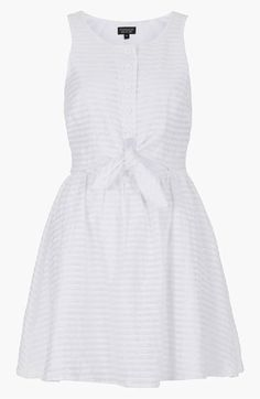 White on white: Topshop Stripe Tie Front Sundress Rehearsal dinner? Just figure since its a BBQ. Casual Dresses, Fashion Dresses, Summer Dresses, White Sundress, Little White Dresses, Pretty Outfits, Pretty Dresses, Dress Patterns, Dress To Impress