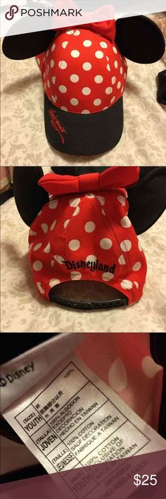 Disney Minnie hat Authentic. Never worn. Lmk if you have mercari 🙂💖 Disney Accessories Hats