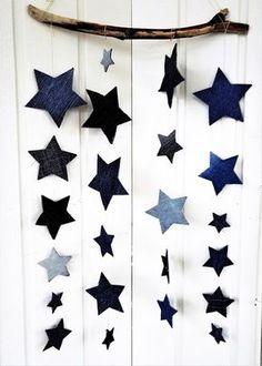 Tuunausta ja tekeleitä: Joulukoristeet farkuista Christmas Holidays, Xmas, Christmas Ideas, Recycled Denim, Kids Playing, Origami, Diy And Crafts, Recycling, Textiles