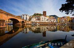 Bosa: Temo river and castle