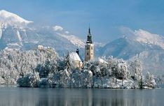 Book online from the widest selection of accommodation in Slovenia's top ski resorts - Kranjska Gora, Lake Bohinj and Lake Bled. Europe Holidays, Ski Holidays, Bled Slovenia, Bohinj, Julian Alps, Church Pictures, Lake Bled, Best Resorts, Chapelle