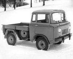 Willys Jeep wallpapers - Free pictures of Willys Jeep for your desktop. HD wallpaper for backgrounds Willys Jeep car tuning Willys Jeep and concept car Willys Jeep wallpapers. Jeep Pickup, Jeep Truck, Cool Trucks, Pickup Trucks, Cool Cars, Toledo Ohio, Station Wagon, Vw Bus, Old Jeep