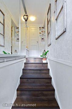 Stairs / Portaat