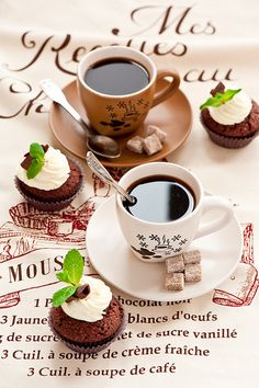 coffee time #coffee #cupcakes #breackfast