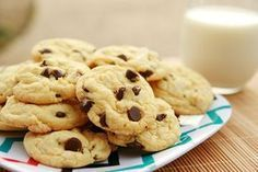 Cookies Weight Watchers une recette facile et simple , 2 sp par portion, retrouv… Cookies Weight Watchers an easy and simple recipe, 2 sp per serving, find the ingredients and preparation steps. Weight Watcher Desserts, Weight Watchers Kuchen, Weight Watcher Cookies, Weight Watchers Meals, Cake Mix Cookies, Cookies Et Biscuits, Making Cookies, Cream Cookies, Easy Cookie Recipes