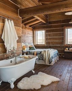 Home Interior Warm Little Lost River rustic log home designed by Architect Clark Stevens.Home Interior Warm Little Lost River rustic log home designed by Architect Clark Stevens. Log Cabin Living, Log Cabin Homes, Log Home Designs, Rustic Home Interiors, Log Cabin Interiors, Design Living Room, Cabin Design, Rustic House Design, Rustic Cottage