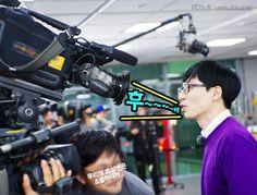 [Pic] 유재석 Yoo Jae Suk | PD Notes 런닝맨 RM Ep287 '12 years older intern'  (cr SBS Naver post)
