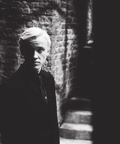 Draco Malfoy Imagines - The dark alley