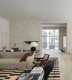 Vincent Van Duysen • Antwerp House (2013)  #vincentvanduysen #architecture #interiordesign #axelvervoordt #pierrejeanneret #stilllifestore