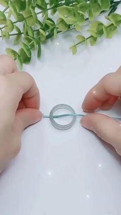 Easiest way to use a pendant 😍  #diy #diyet #diys #diyproject #diyetisyen #diyetteyiz #diyetteyim #diyvideo #DIYdecor #diyvideos #Diyarbak #diyfun Diy Crafts Hacks, Diy Crafts Jewelry, Diy Crafts For Gifts, Bracelet Crafts, Diy Home Crafts, Handmade Jewelry, Decor Crafts, Handmade Art, Diy Friendship Bracelets Patterns