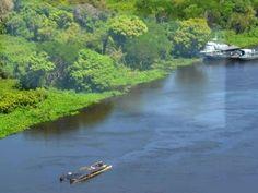 Paraguay tourist boat kills three