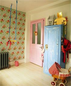 """""""pastel vintage kids room""""  we had wallpaper in the kid's bedroom very much like this in our old Wisc. farmhse !"""