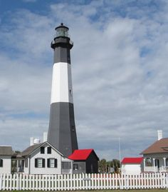 To think of visiting as many of our nation's lighthouses as possible, brings the ocean sights, smells, and sounds alive! The Lighthouse Directory